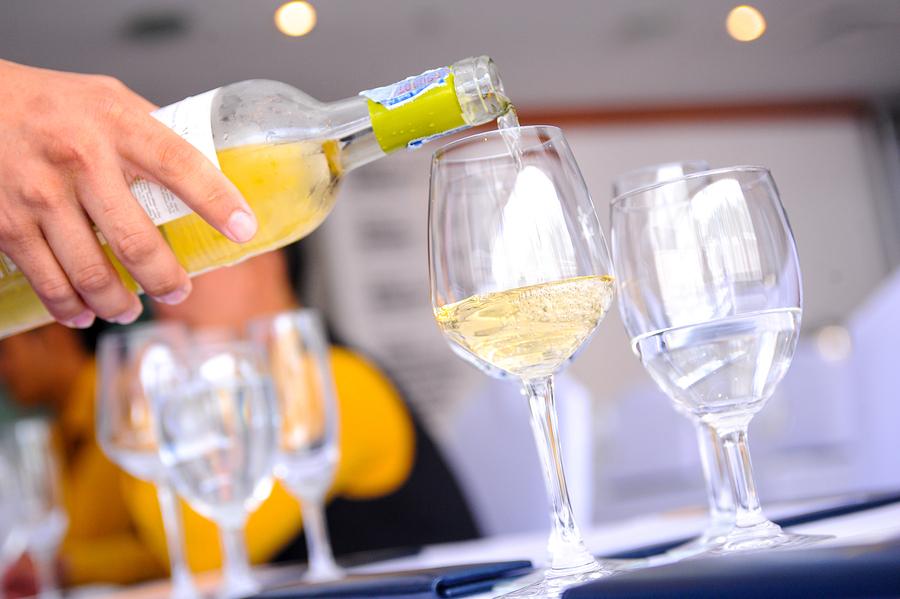 buy white wine online